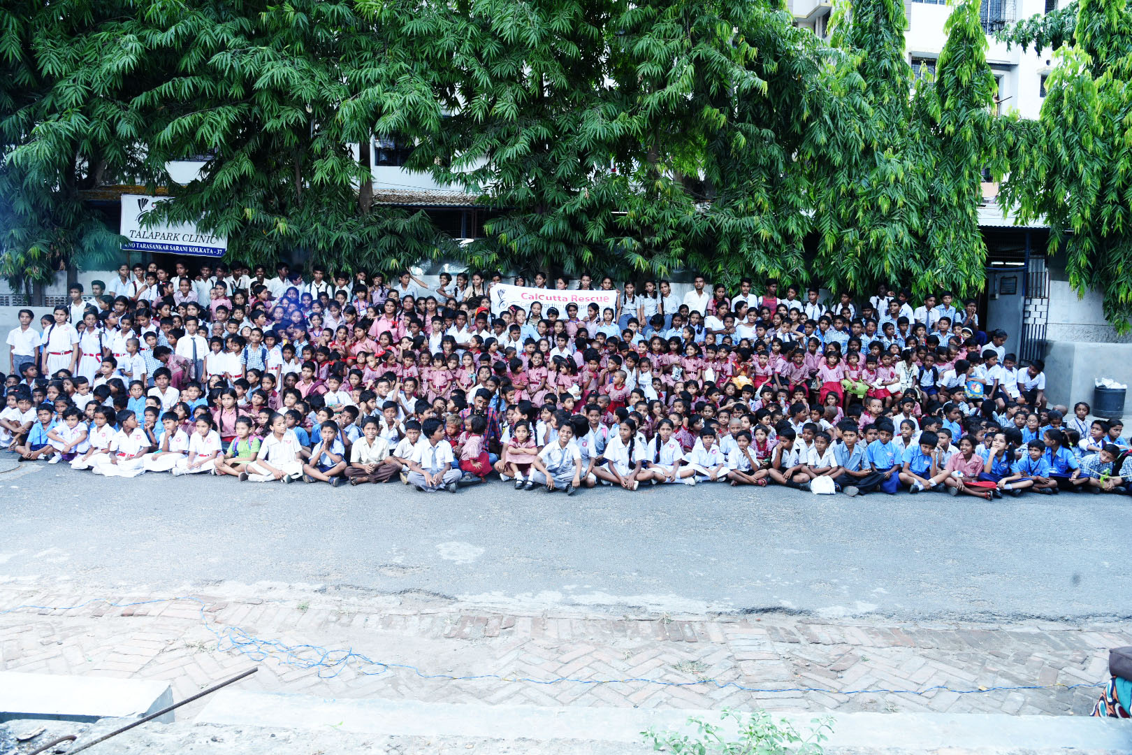 group photo of cr students